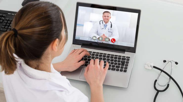 Онлайн консультирование врачей Центра Медицины Плода УльтраМед